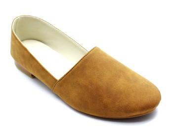 การผลิตรองเท้าคัทชู
