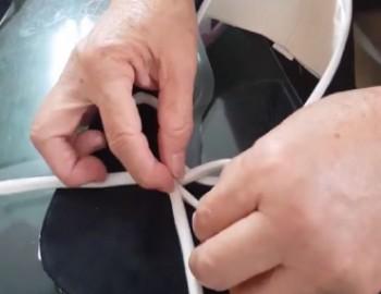 วิธีการมัดโบว์ในการผลิตรองเท้า